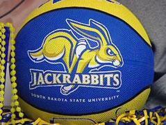 sdsu basketball jackrabbits pom-pom cheer