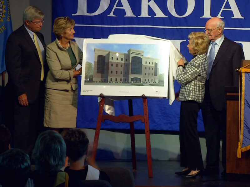 dakota wesleyan university mitchell DWU gifts money for science center