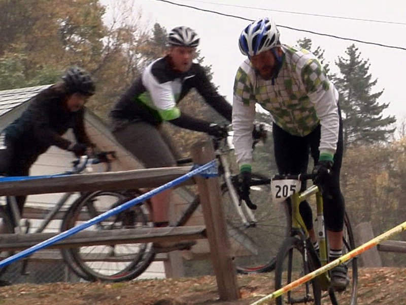 cyclocross race held by spoke-n-sport bicycle race bicycling