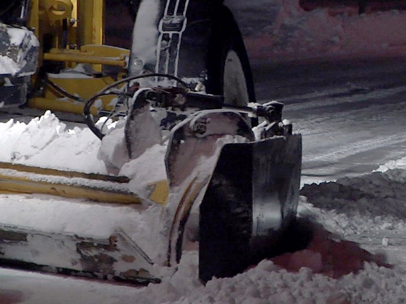 snow gates up for debate in sioux falls snow plow plowing snow