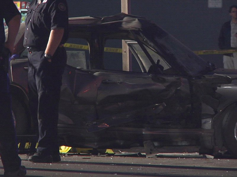 deadly crash in front of HyVee on East 10th street vehicle tboned