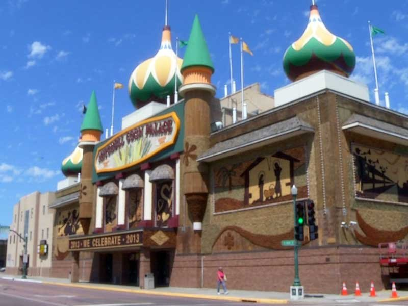 changing facade of the corn palace